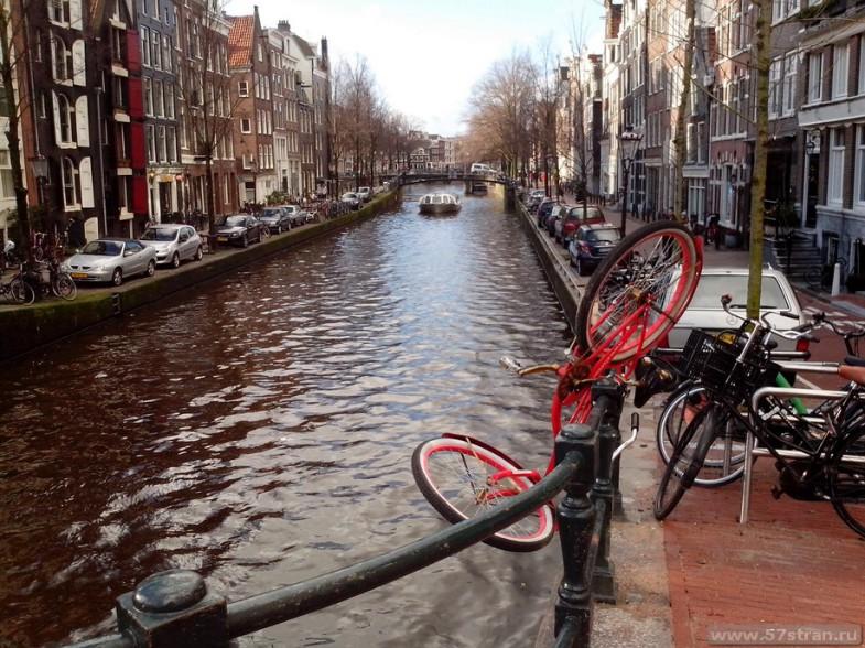 Достопримечательности Амстердама - велосипед
