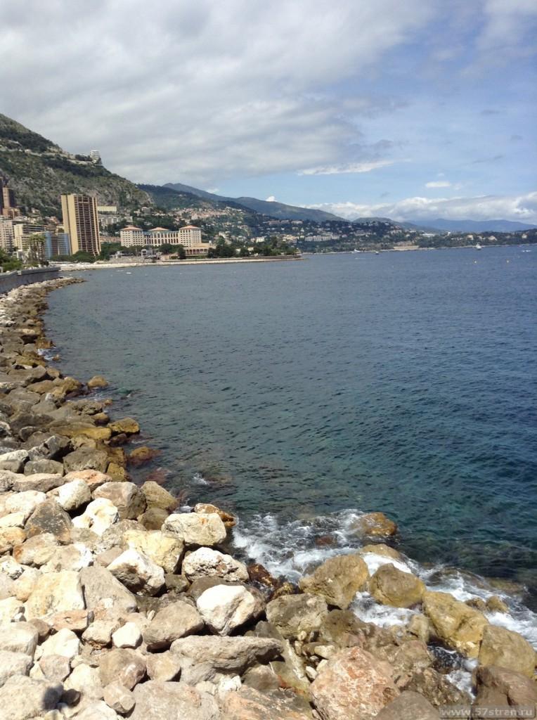 Монако - берег моря