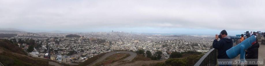 Вид на Сан-Франциско с холмов Twin Peaks