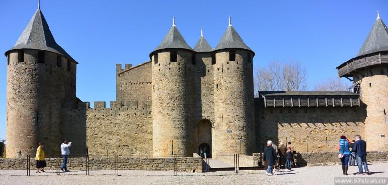 Вход в крепость Каркассон