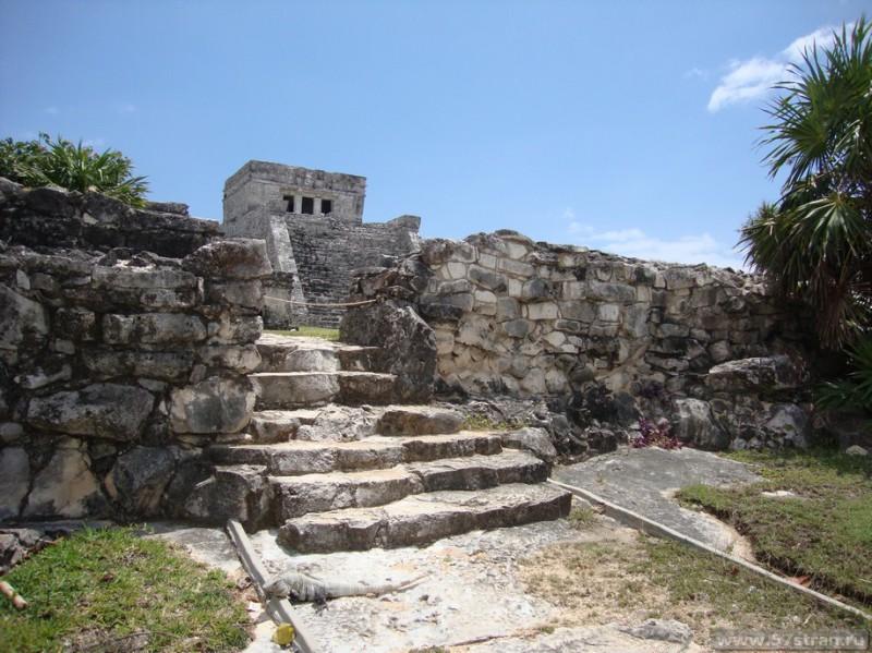 Тулум- археологическая зона