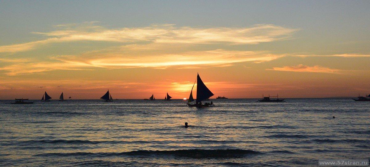 Боракай: закат на белом пляже