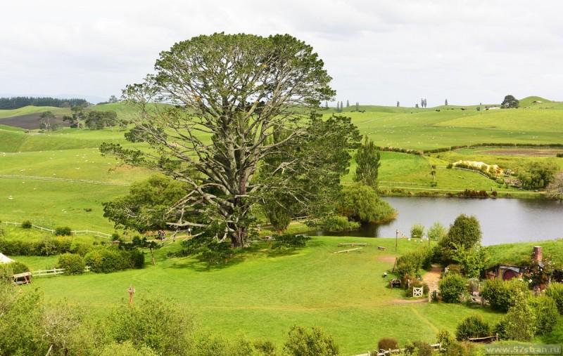 праздничное дерево Властелин колец