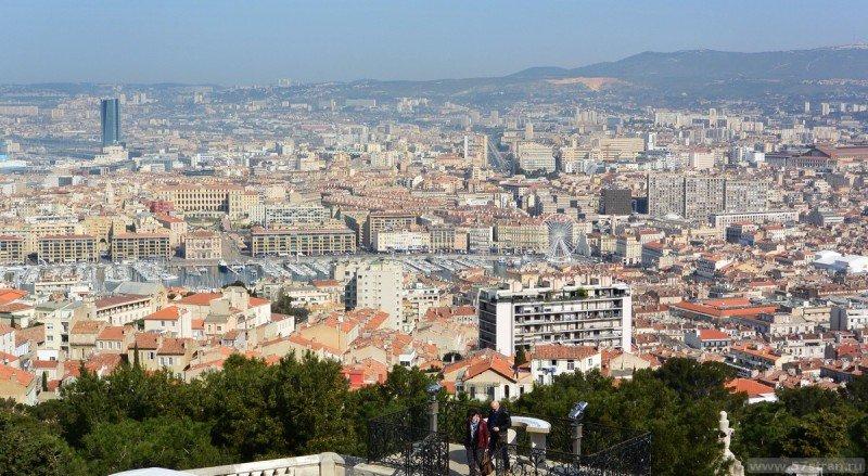 Центр Марселя с горы