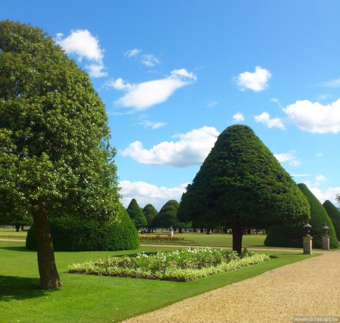 Хэмптон-Корт сады